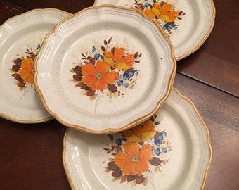 Mikasa Garden Club Flower Fest Salad Plates (Set of 3) Stoneware Orange Flowers Retro Blue and White Flowers