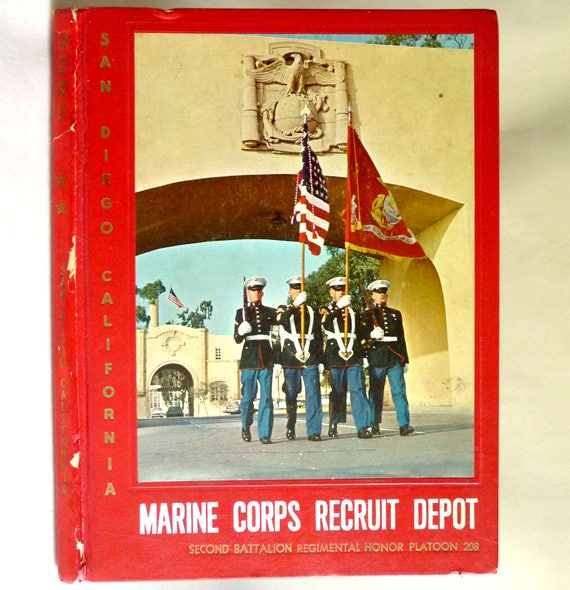 Marine Corps Recruit Depot Second Battalion Regimental Honor Platoon 208 Yearbook 1962