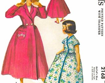 Vintage 1950's Sewing Pattern Girls' Christmas Dressing Gown Robe & Slippers 12