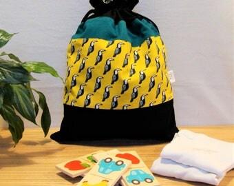 Laundry bag / toy bag shape bag, tropical toucans: yellow, green, black