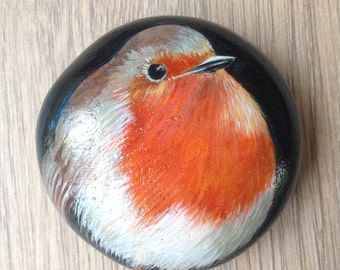 "Hand Painted pebble paperweight ""Robin"""
