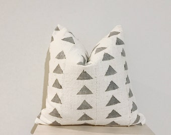 African Mudcloth Pillow Cover in Grey and White - Trinity -18x18""