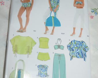 New Look 6499 Misses Summer Seperates Sewing Pattern - UNCUT  Sizes 8 - 18 - Top Shorts Pants Beach Bag Poncho