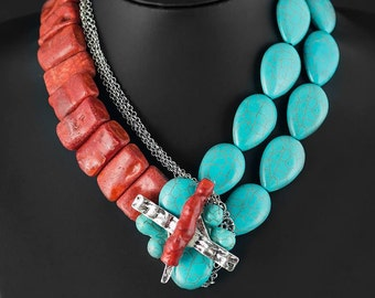 Necklace: Turquoise and coral in love