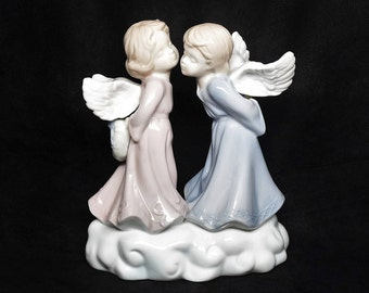 LR Porcelain Angels ~ LR HOMCO Kissing Angels ~ Boy and Girl Angel ~ Porcelain Angels ~ Angel Figurines ~  Kissing Angel Figurines ~ Angels