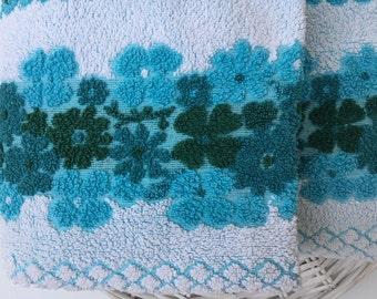 Pair of Dri Glo jacquard bath towels Made in Australia Floral towels Bathroom decor My vintage home