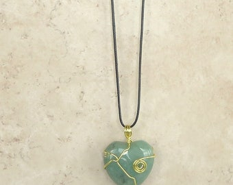 Necklace Heart Pendant Gold Wire Spiral