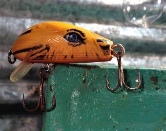 Joe Camel Fishing Lure, Vintage Rebel Lure, Shallow-Running Camel Cigerettes Promotional Wooden Lure, Collectible Bait & Tackle Tobacciana