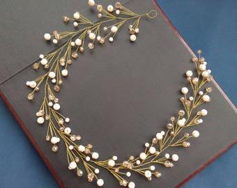 Beige bridal hair vine Headpiece Wedding delicate crystal hairpiece Bridal bohemian hair wreath Wedding tiara Bridal halo