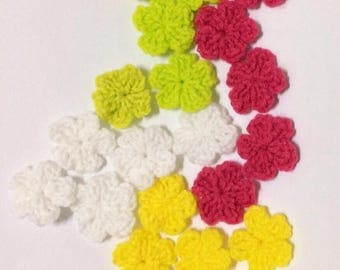 Tiny crochet flower