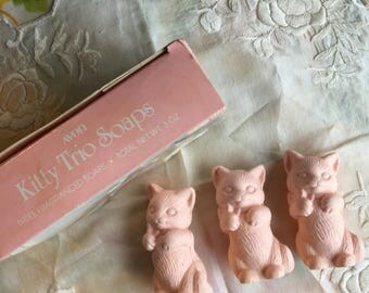 NIB Vintage Avon Kitty Trio Soaps, 1987