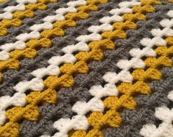 Crochet Baby Blanket in Granny Stripes - Baby shower gift - Any colour choice