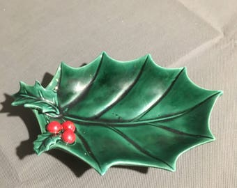 Vintage Lefton Ceramic Green Holly Leaf Curved Candy Dish Decorative Dish Christmas Holiday