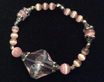 Pink glass Cats eye stretchy beaded bracelet