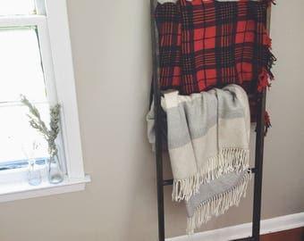 4 Rung Blanket Ladder