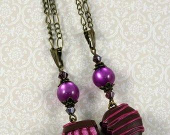 Friendship heart necklaces, chocolate, raspberry, strawberry, chocolate, gift, unique, handmade, bronze, purple, pole-ARIS Pearl