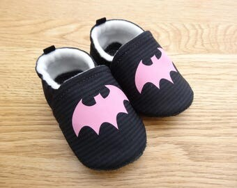 "Child - sole leather baby shoes and black cotton top ""bald pink mouse""-black booties lined with fleece"