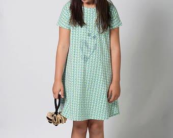 Girl flower dress, Girls tunic dress, Owl dress, Birthday dress, Everyday dress with pockets, Tweens dress, Green dress,childrens clothing