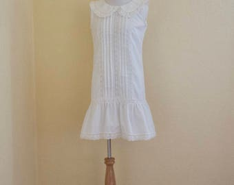 1960's white shift dress with oversized collar