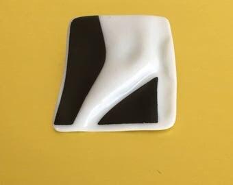 Modernist Johan Van Loon Ceramic Brooch, Rosenthal Studio Line, Black and White, Vintage, 1980s, Pin