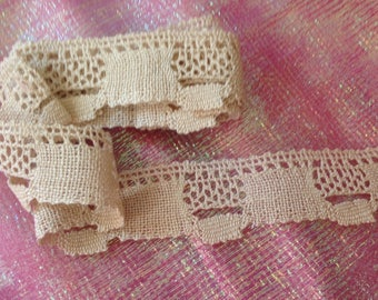 Coupon of an old bobbin lace