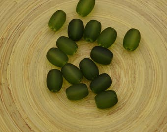 20 green 11mm oval glass beads