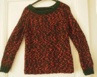 Red and dark green Wool Sweater, round neck