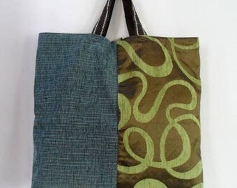 BAG c reversible green, with ties for closure