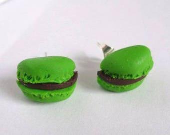 Chocolate Mint polymer clay macaroon earrings