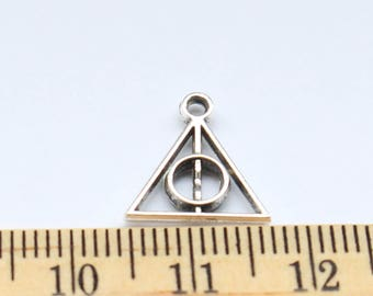 10 Triangle Charms - Antique Silver - ef0162