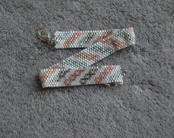 Bracelet miyuki en perle, perles japonaises, bracelet blanc , rose et argenté. Bracelet tisser a la main, tissage peyote, fait en France.