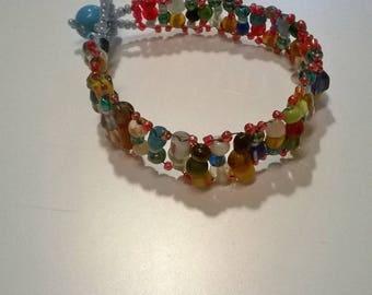 Multicolored seed beads bracelet