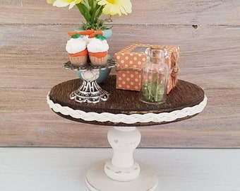 Dollhouse Furniture, Miniature Side Table, Dollhouse Table, Miniature Furniture, Miniature Food, Dollhouse Furniture, Miniature cupcakes