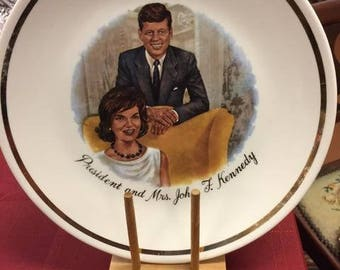 Vintage President and Mrs. John F. Kennedy decorative plate
