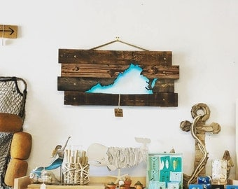 Virginia State Cutout Wall Art - Repurposed Rustic Pallets & LED Lights