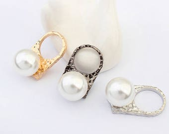 Silver Coloured Occident Personality Pearl Ring