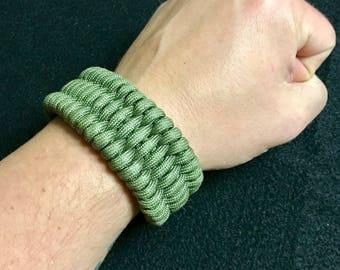 Trilobite Weave Paracord Bracelet