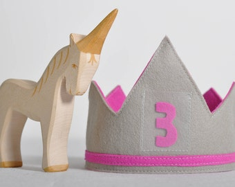 100% Wool Birthday Crown - Fuchsia