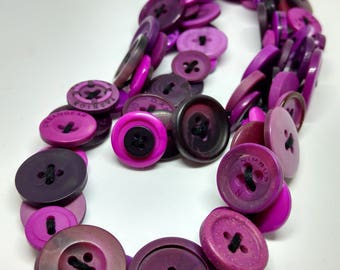 Buttons - series Fuchsia necklace