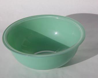 Green Pyrex Clear Bottom Mixing Bowl, Pyrex Glass Bottom 325 Bowl, Pyrex 325 Mixing Bowl, 2.5 L Green Pyrex, Easter, Vintage Home Decor