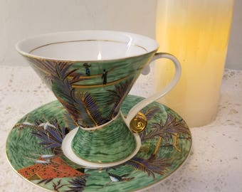 The Leonardo Collection teacup and saucer