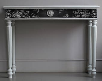 Black and White Console Table
