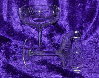 x 6 - (ref A35 6024) Crystal champagne glasses