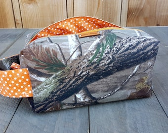 Boxy Zippered Bag -- Realtree Camo -- Crafter -- Makeup -- Project -- Toiletries -- Dopp Kit -- Clutch