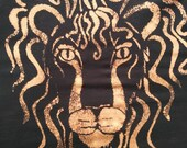 Leo T Shirt with Solar Eclipse and Zodiac Symbol Bleach Dyed Moon Shadow Black Tie Dye size Large