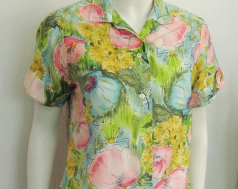 Vintage 1950's Blouse in Watercolor Pastel Print on Cotton Women's Sport Blouse, Top or Shirt, Medium