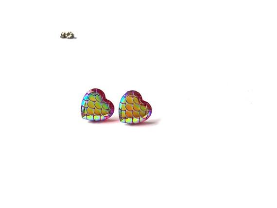 Heart of mermaid stud earrings - Pink dreams - Hypoallergenic pure titanium and resin