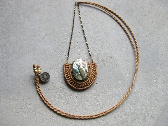 O r ü n . Abalone . Modern Macrame Brass Necklace . Jewelry © Design by .. raïz ..