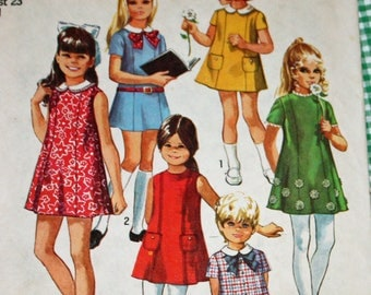 "Vintage 1970s Sewing Pattern, Simplicity 8621, Child's Dress, Child's Size 4, Breast 23"", Girl's Dress, Estate Sale Find"