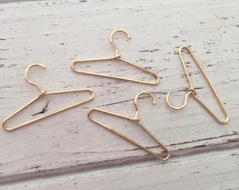 Miniature Gold Hangers, Dollhouse Miniature, 1:12 Scale, Accessories, Mini Hangers, Set of 4
